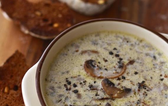 Sopa de champiñones 2
