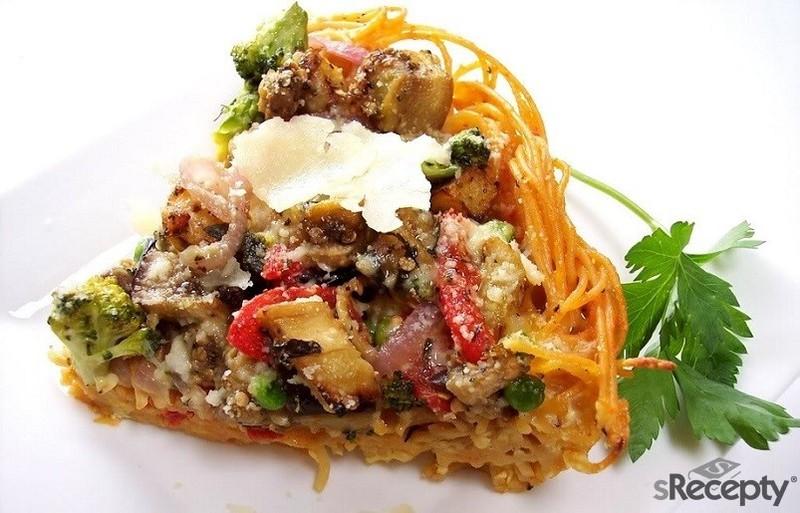 Pastel de pasta y verdura