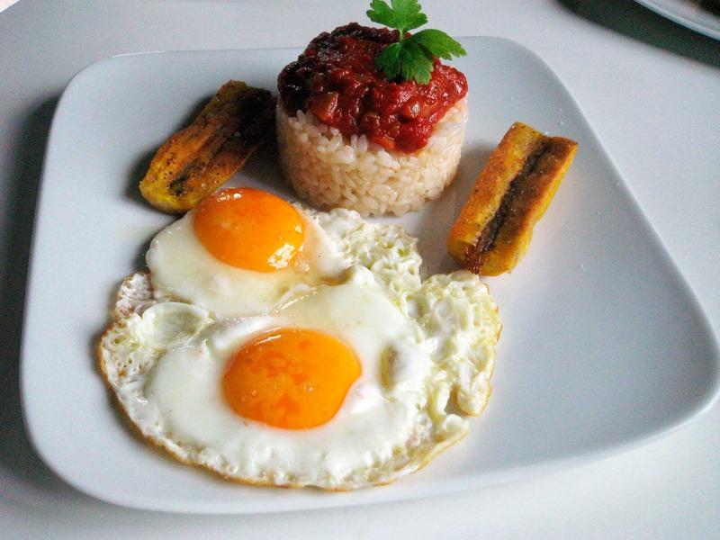 Arroz cubano srecetas es - Calorias arroz a la cubana ...