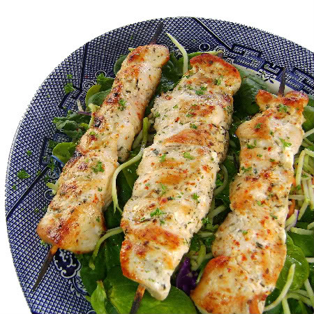 Kebab de pollo al limón