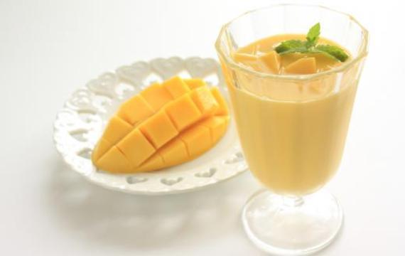 Smoothie de mango y palta