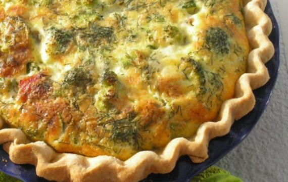 Tarta de brócoli y queso cheddar