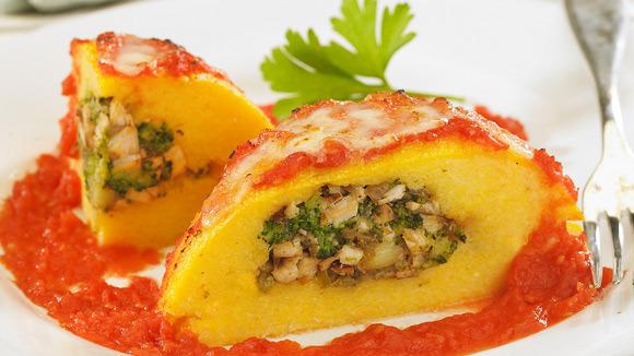 Arrollado de polenta y queso