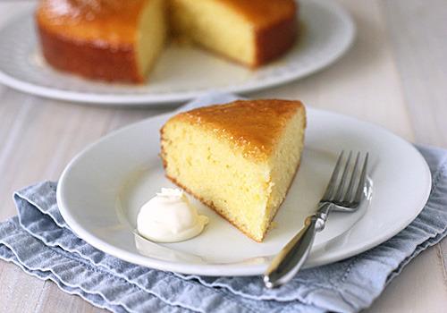 Torta de yogurt con glasé de miel