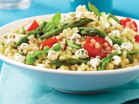 Ensalada agridulce de quinoa y pollo