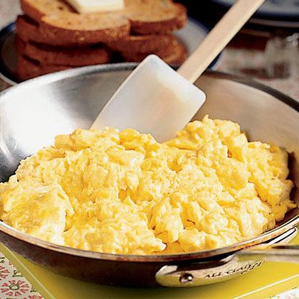 Crema de huevos revueltos
