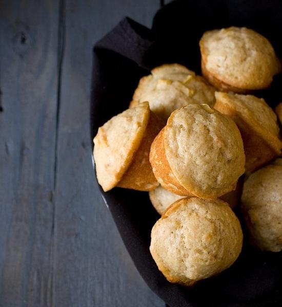 Muffins de yogurt y duraznos
