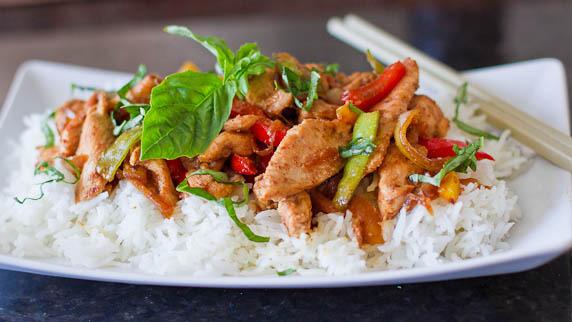 Pollo con salsa de pescado