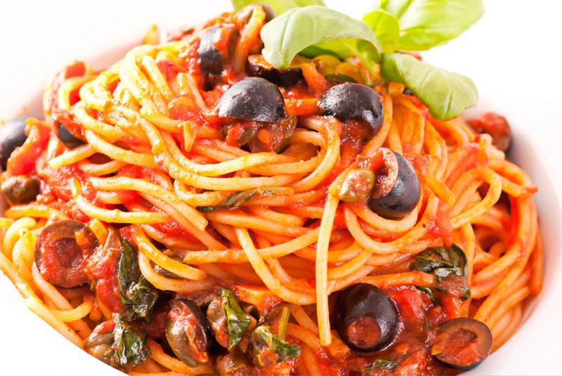 Spaghetti a la putanesca