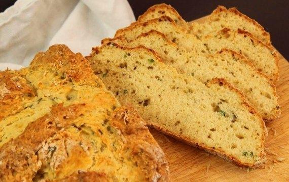 Pan de hierbas aromáticas