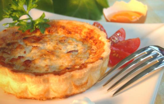 Tartines de queso y tomate