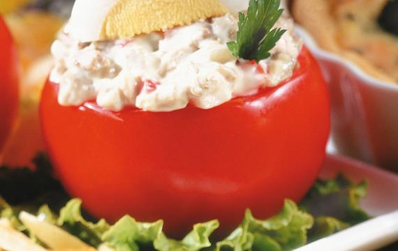 Tomates rellenos con paté de berenjenas