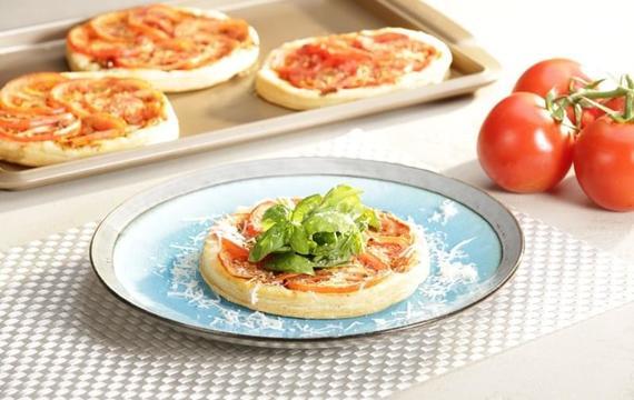 Minipizzas de tomates