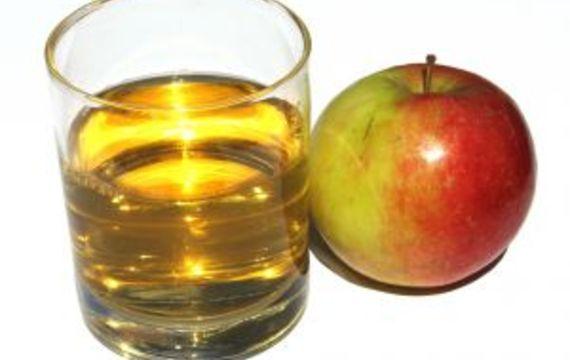 Jugo de manzanas