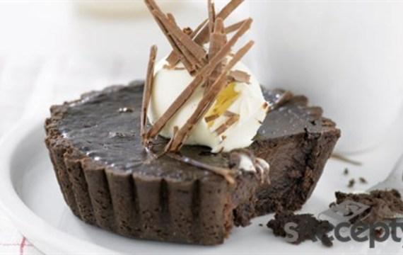 Tarta de chocolate con chocolate