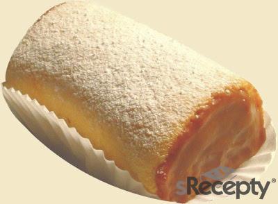 Pionono de crema pastelera y duraznos